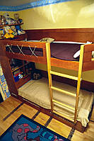 Двухъярусная эксклюзивная мебель в детскую