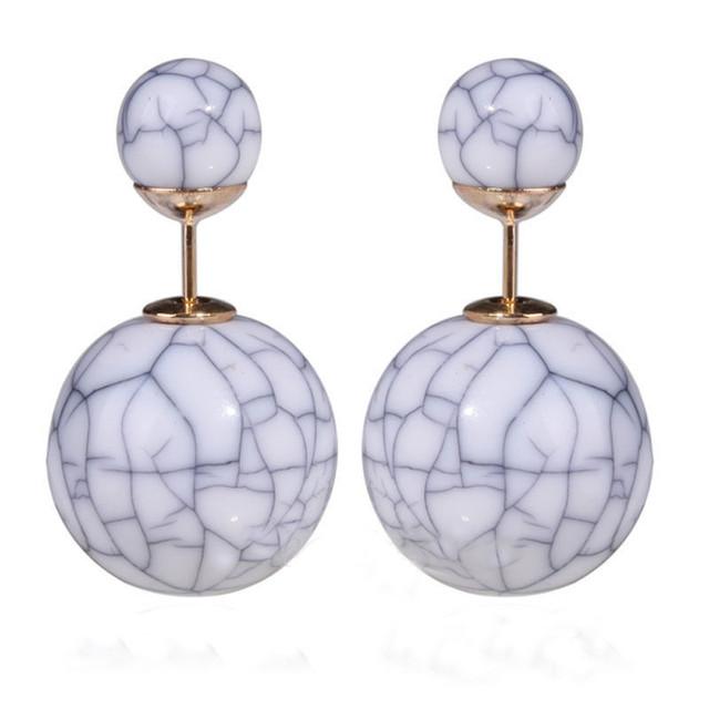 Серьги шарики в стиле Mise en Dior из искусственного камня серые