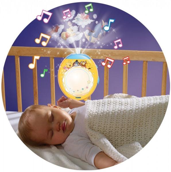 """Детский ночничок со встроенным проектором Tomy """"Winnie the Pooh"""""""