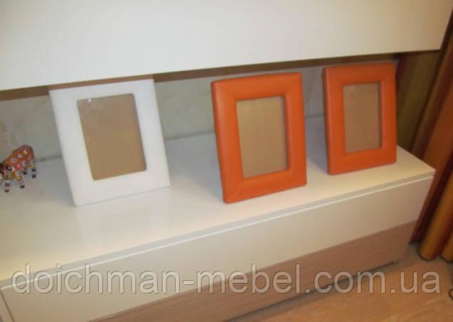 Рамки из кожи для фотографий и картин на заказ