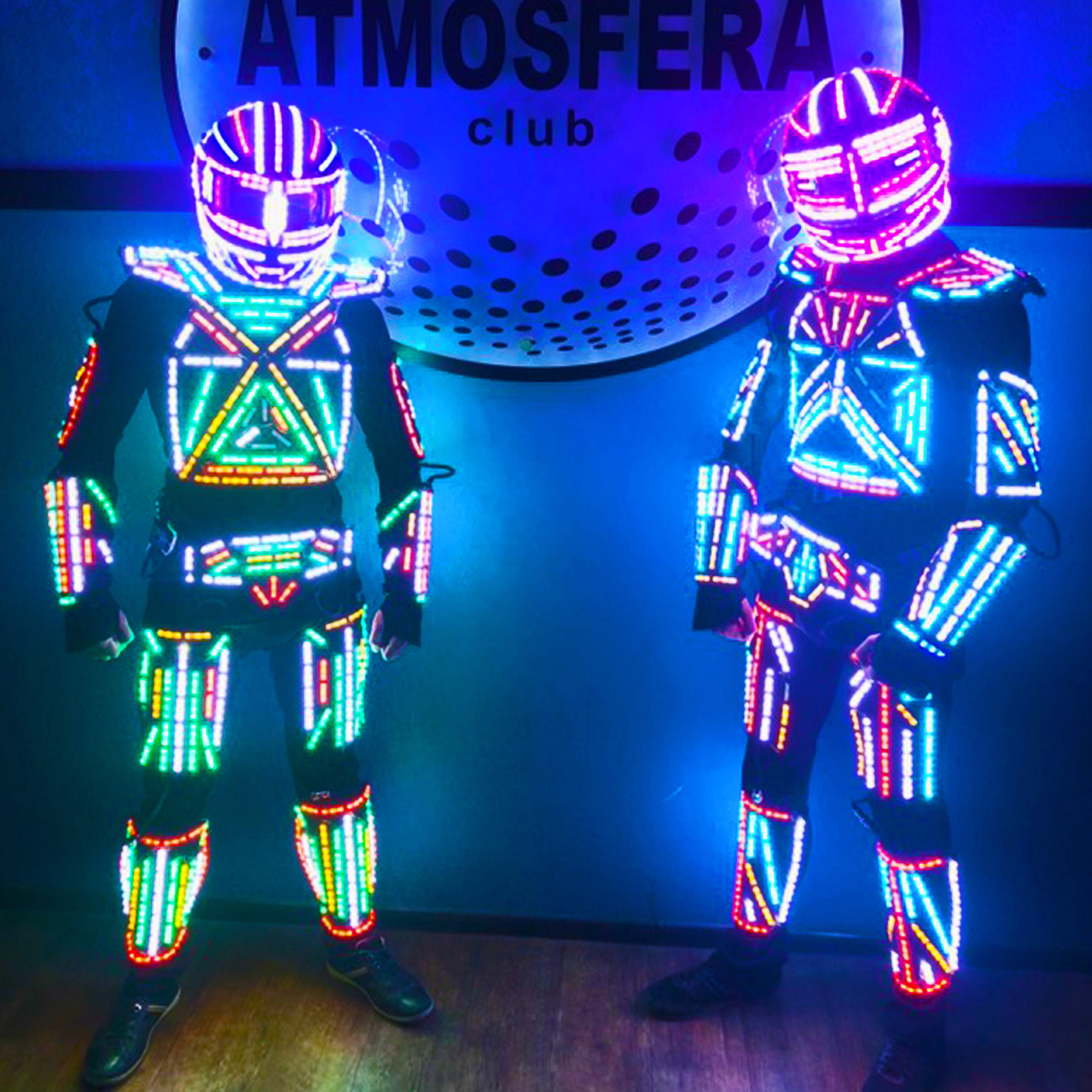 Светодиодные роботы. LED ROBOTS SHOW - актуальны на любой праздник.