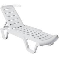 Пластиковый лежак «Бриз»