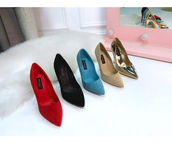 Замшевые туфли-лодочки на шпильке