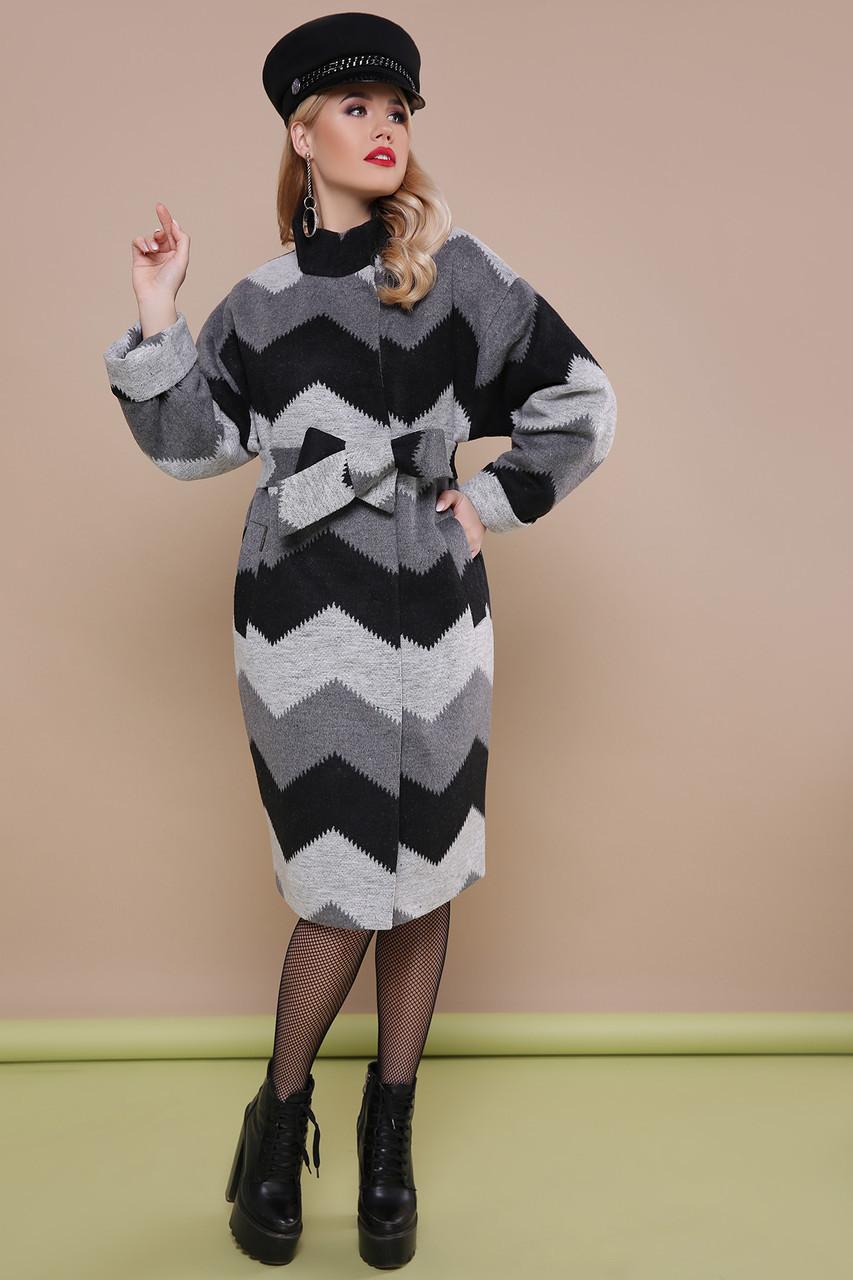 Красивое женское весеннее шерстяное пальто