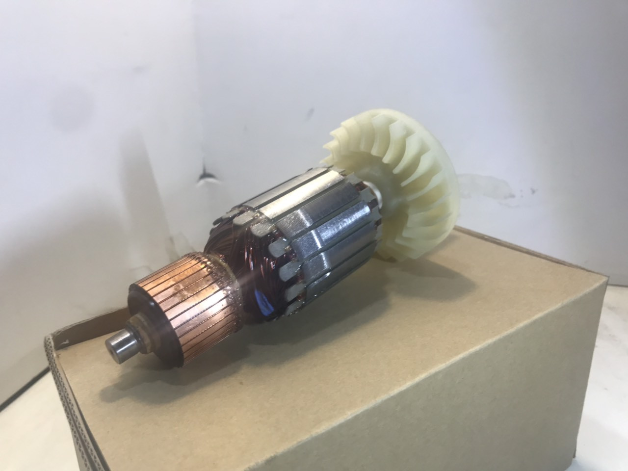 Якір(ротор) болгарки Hitachi 230 круг  оригінал