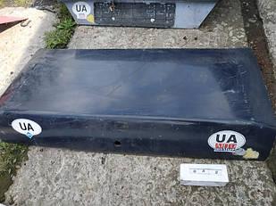 №32 Б/у крышка багажника для Mercedes 190 1986-1991