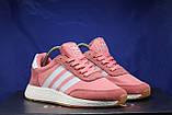 Женские розовые беговые кроссовки, для зала в стиле Adidas iniki runner, фото 4