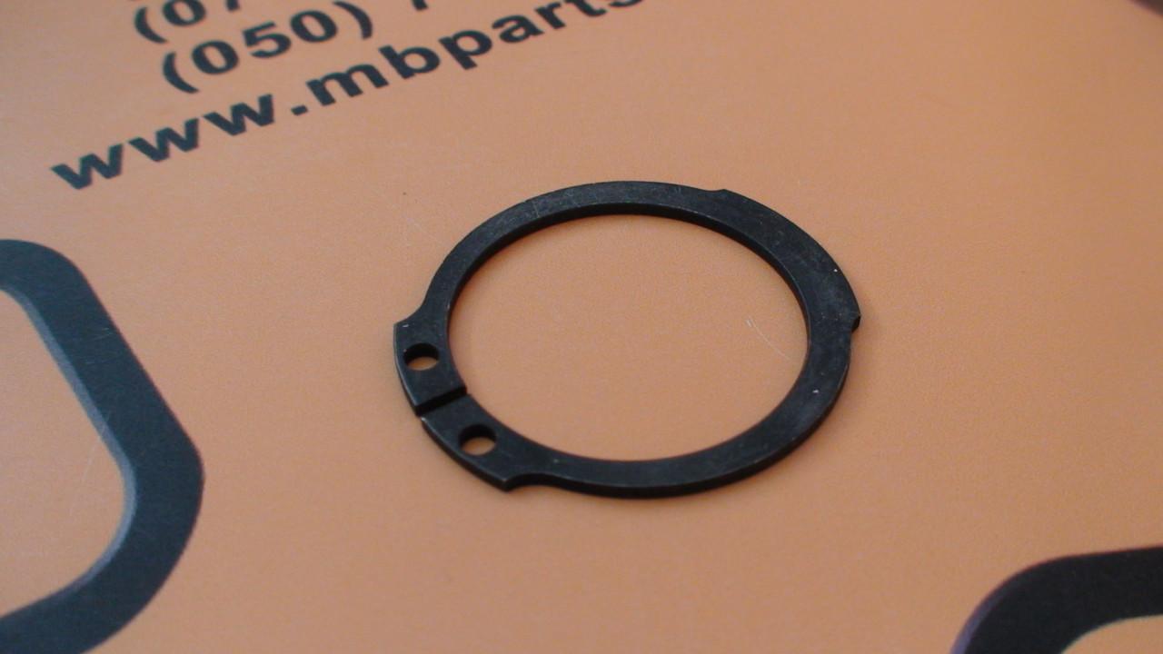 821/00494 Стопорное кольцо бортовой на JCB 3CX, 4CX