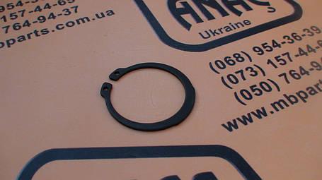 2203/0054, 2305/00040 Стопорное кольцо бортовой на JCB 3CX, 4CX, фото 2
