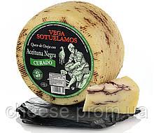 Сыр овечий копченный с черными оливками 3,2кг