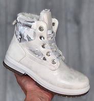 Ботинки женские зимние 8 пар в ящике белого цвета 36-41 (В наличии 1 ящик), фото 1