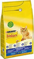 Сухой корм для котов Purina Friskies Sterilised Cats с лососем и овощами 10 кг