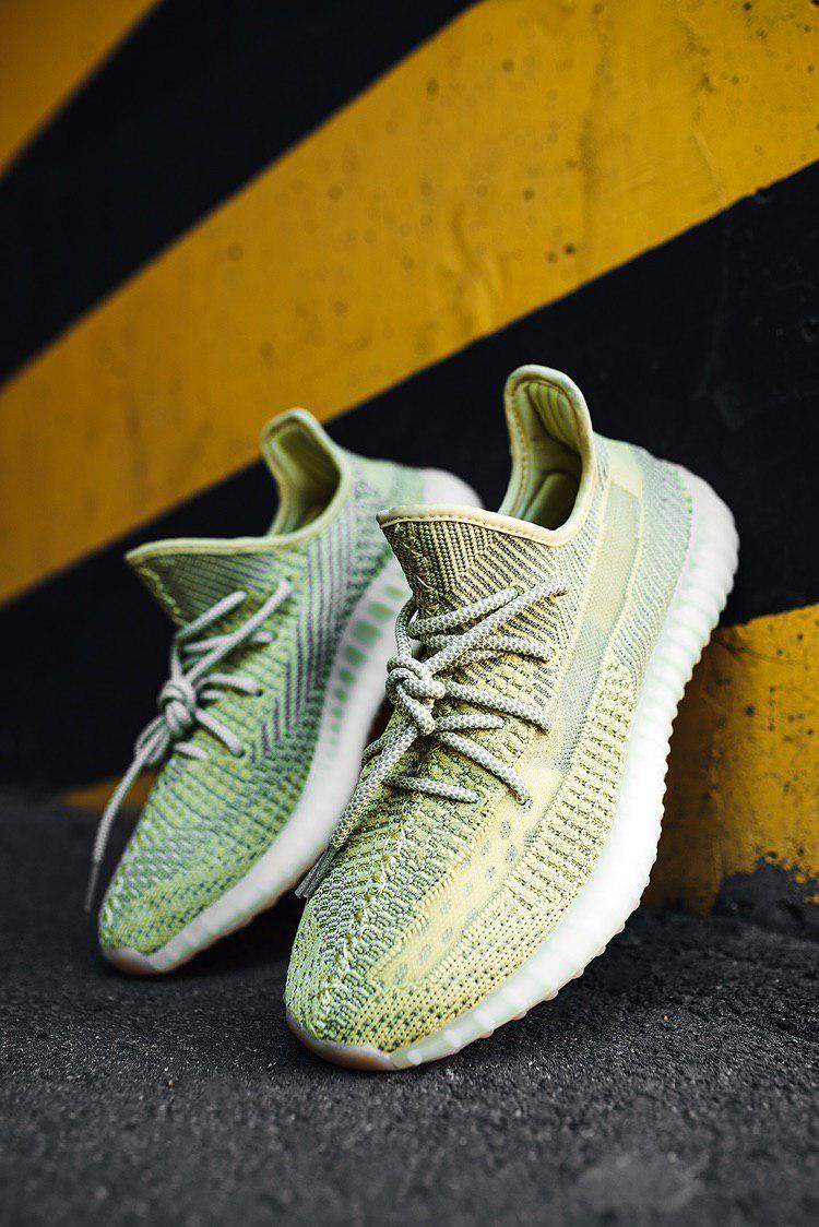 Женские рефлективные Кроссовки Adidas Yeezy Boost 350
