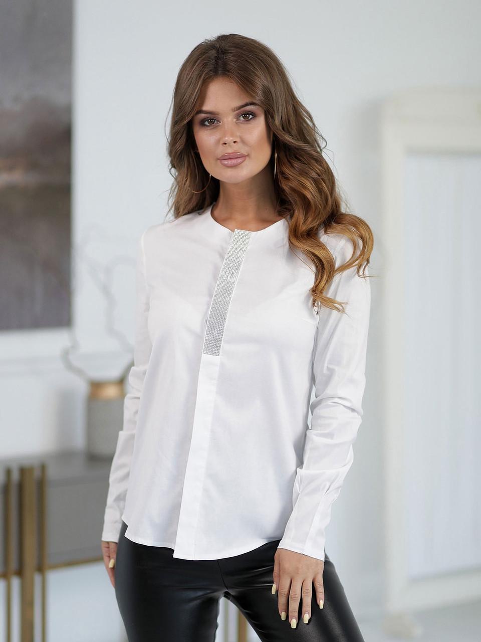 Блузка со стразами белая