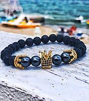 Браслет из натурального вулканического камня и  гематита  (золотая корона, темный камень)