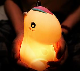 Детский  ночник  Единорог Розовый  светильник силиконовый.