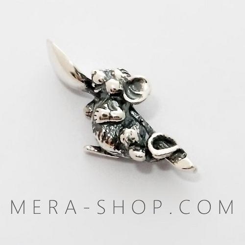 Серебряная Мышь Кошельковая с ложкой-загребушкой, талисман из серебра 925 пробы (23 х 10 х 7 мм, 2.3 г)
