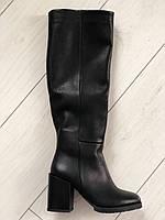 Женские зимние сапоги кожаные черные на каблуке