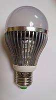 Светодиодная лампочка 9W E27
