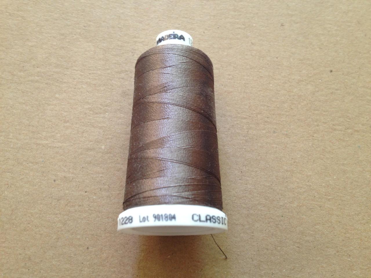 Нитки для машинной вышивки   Madeira Classic №40.  цвет 1228 ( КОРИЧНЕВЫЙ ).   1000 м