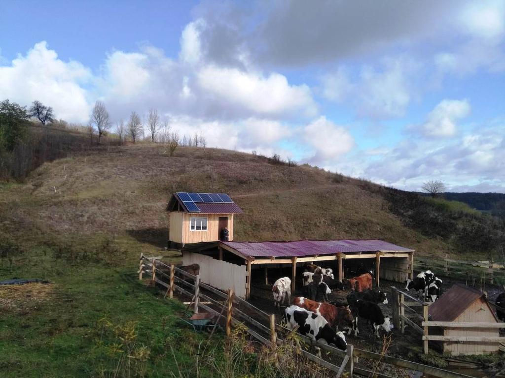 Бровахи автономная солнечная электростанция мощностью 1,7 кВт Amerisolar + AXIOMA Черкасская область