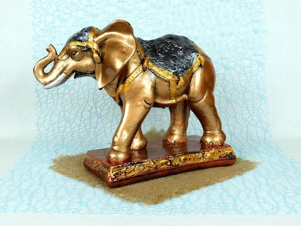 Слон на подставке - статуэтка, фигурка