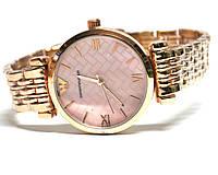 Часы на браслете 190204