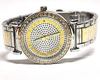 Часы на браслете 190209