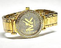 Часы на браслете 190210