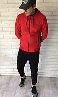 Спортивный мужской костюм на молнии с капюшоном красный