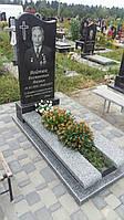 Памятники із лижами на могилу із сірого граніту