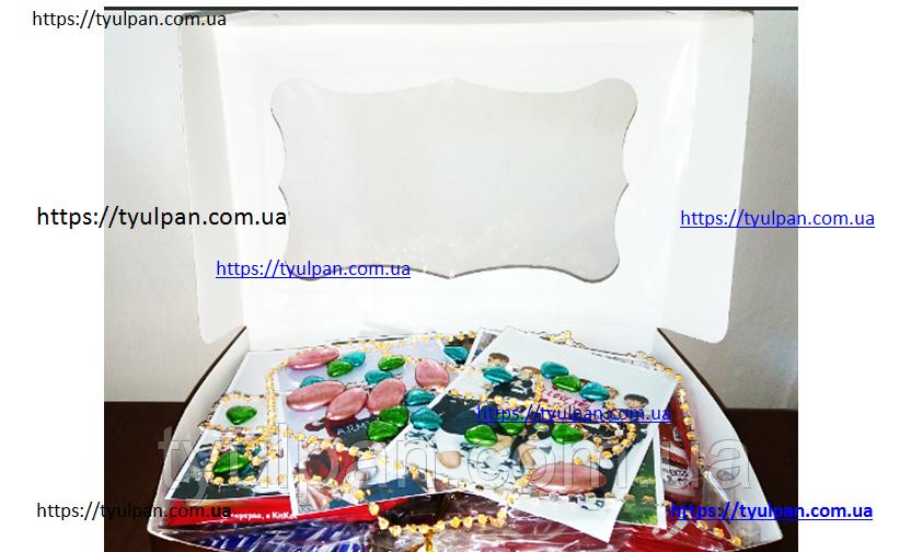 Картонная коробка для подарков с окошком серебро 25*17*8 см