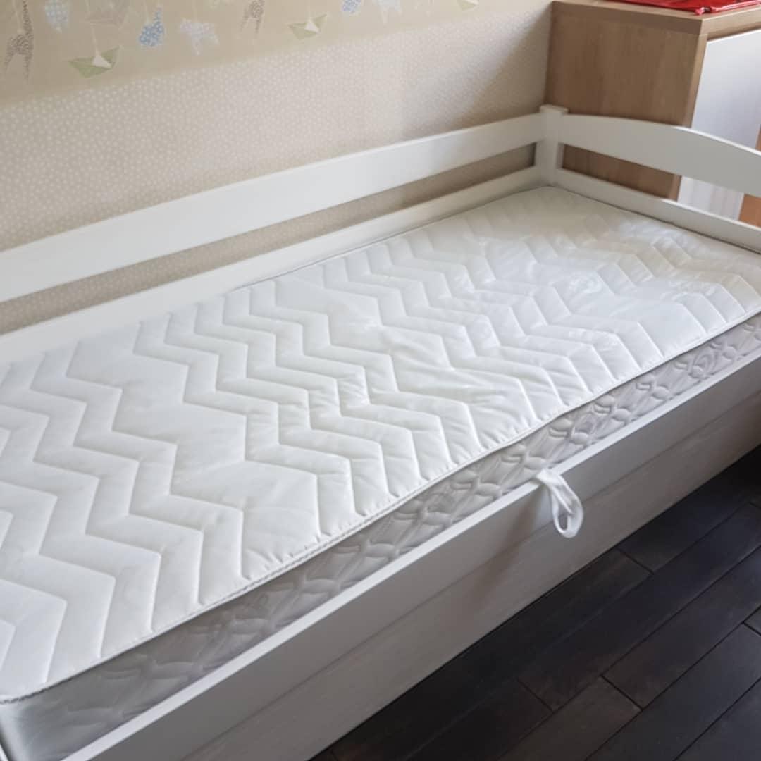 Кровать детская подростковая Нота плюс с подъемным механизмом, массив дуб, ясень