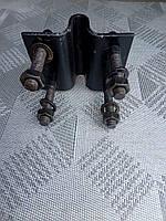 Крепление дискового сошника сеялки мотоблока