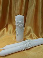 Набор свечей в белом цвете.