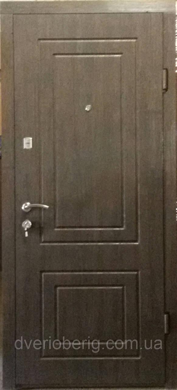 Входная дверь модель П1 68 тик темный