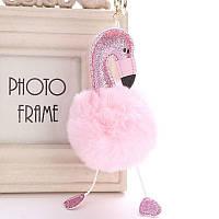 Красивый меховой брелок для ключей, сумок и рюкзаков с помпоном Фламинго 01088