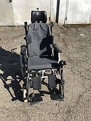 Многофункциональная инвалидная коляска Rea Clematis с  разными вариантами наклона для удобности ширина 43 см.