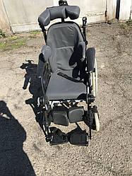 Многофункциональная инвалидная коляска известного производителя Rea Clemantis ширина сидения 42см. б у хорошее
