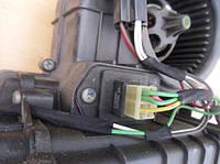 Резистор вентилятора охлаждения (реостат, сопротивление, регулятор (с кондиционером)) RenaultTrafic 2000-20