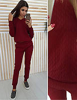 Бордовый костюм из стеганного трикотажа косички