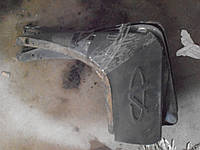 Брызговик передний левый Chery Tiggo T11-3102051