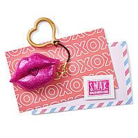 S.W.A.K. Интерактивный брелок поцелуй Glimmer Kiss Interactive Kissable Key Chain, фото 1