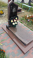 Памятники на могилу із закритим червоним квітником каталог