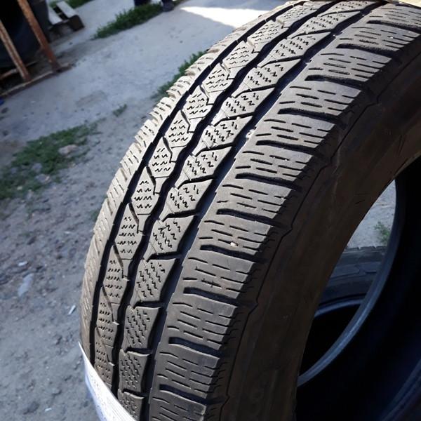 Бусовские шины б.у. / резина бу 235.65.r16с Continental Vancontact Winter Континенталь