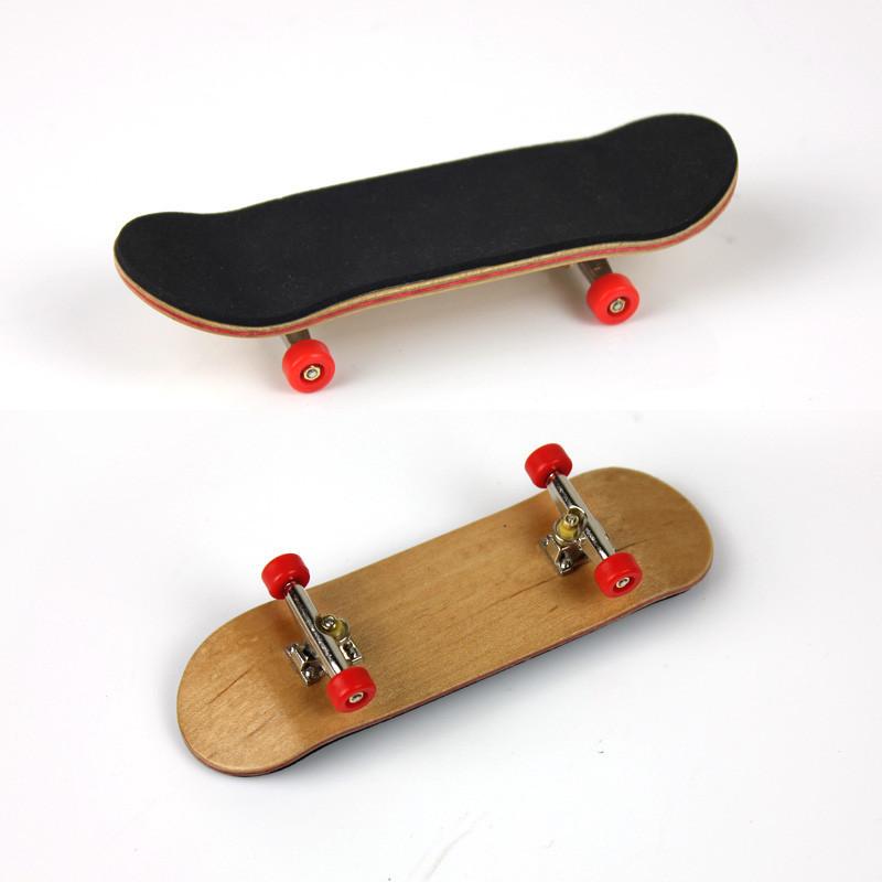 Фингерборд деревянный с подшипниками, красные колёса