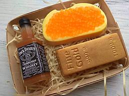 """Мыло ручной работы """"Виски, слиток золота, бутерброд с красной икрой"""""""
