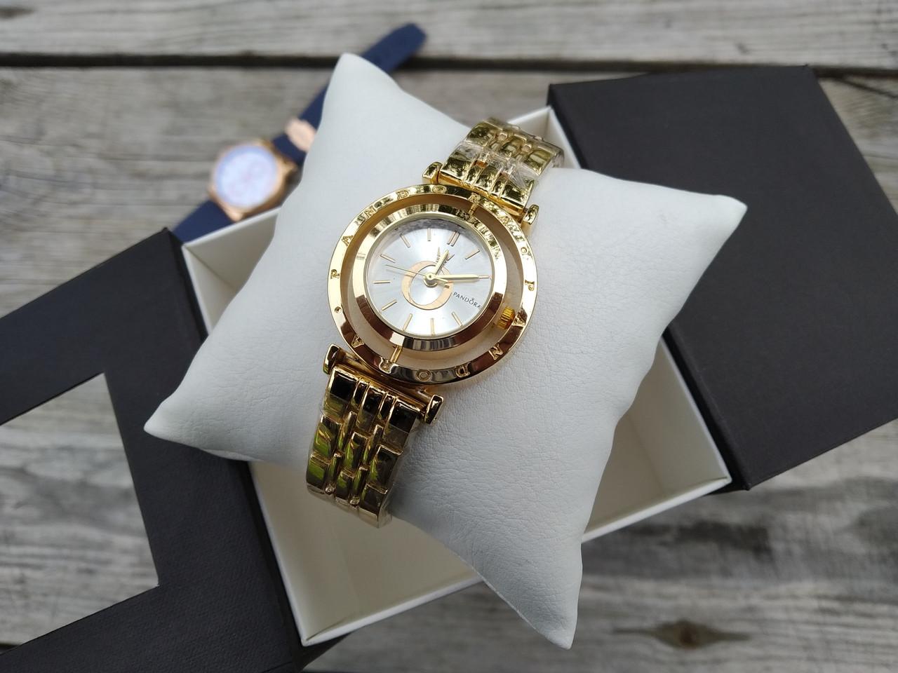 Женские наручные часы 000111
