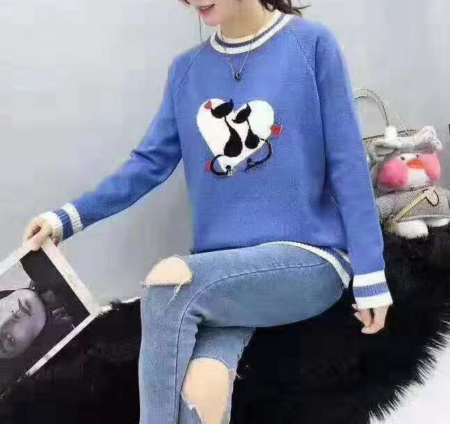 Женский свитер с кошечками 44-46 (в расцветках)