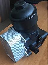 Корпус масляного фильтра новый на Audi 2.0 TDi (2010-) A1, a3, Q3, TT, с крышкой и фильтром